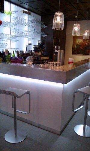 Agencement d'un comptoir de bar